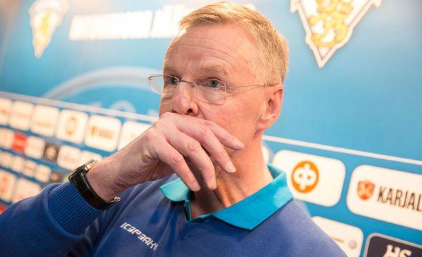 Vuonna 1960 Oulussa syntynyt Kari Jalonen toimii toista kauttaan Suomen A-maajoukkueen päävalmentajana.