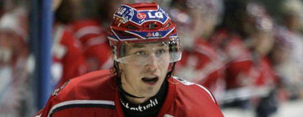 Matias Loppi siirtyi kesällä HIFK:sta Hamburg Freezersin paitaan.