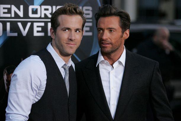 Ryan Reynolds ja Hugh Jackman esiintyivät yhdessä elokuvassa X-Men Origins: Wolverine. Elokuva ei kerännyt liiemmin kiitosta yleisöltä saati kriitikoilta.