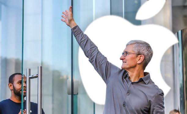 Tim Cook nousi Applen johtoon vuonna 2011.