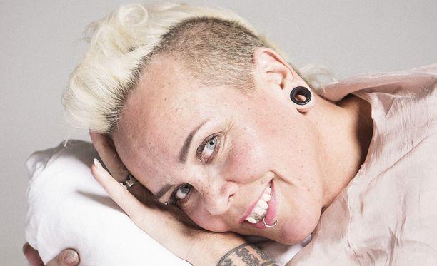 Wilma Schlizewski pyörittää bisnestä niin Helsingissä kuin Tallinnassakin.