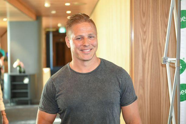 Markus Pöyhönen seuraa yleisurheilua aktiivisesti ja pitää tilannetta valoisampana kuin aikoihin.