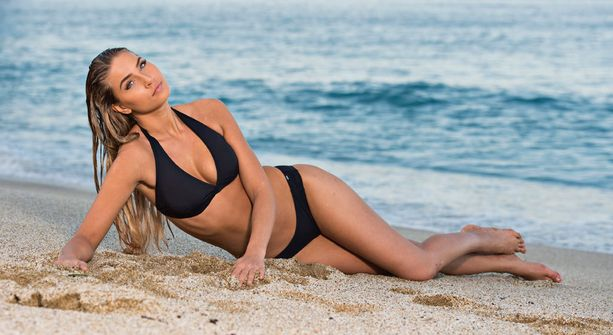 Rosa-Maria Ryytin idoli on Adriana Lima. Hän kuvailee itseään maanläheiseksi tyypiksi.