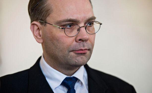 Niinistö arvioi, että aiemmin kriisinhallintaan keskittynyt Nato on palannut perustehtäväänsä eli jäsenmaiden puolustamiseen.