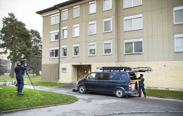 40-vuotiasta poikaa ei ollutkaan vangittu Tukholman Haningessa sijaitsevaan kotiinsa.