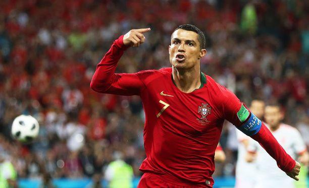 Cristiano Ronaldo pääsi tuulettamaan avausmaaliaan jo alle viiden minuutin pelin jälkeen.