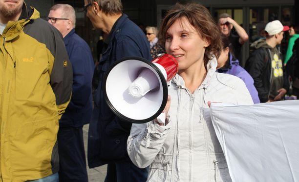 Katariina Keräsen mielestä Sipilän lista käynnistää köyhien naisten talkoot.
