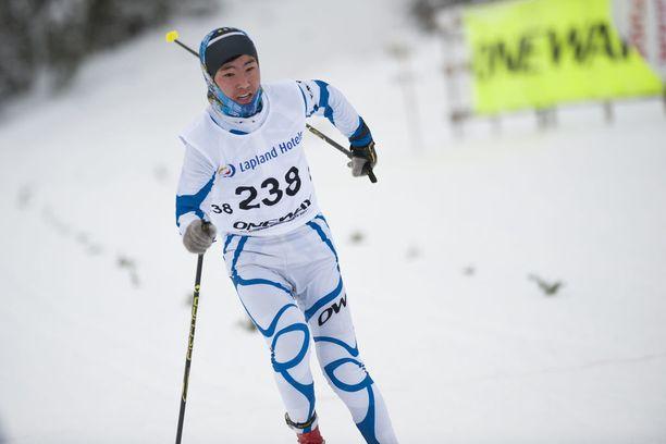 Adiyajargal Tseren-Ochir oli sprintin karsinnan viimeinen 1.05,38 kärjestä. Miehen sijoitus oli 126:s.