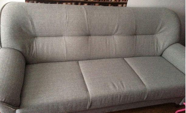 Tästä sohvasta eläkeläisnainen pulitti 1 900 euroa.