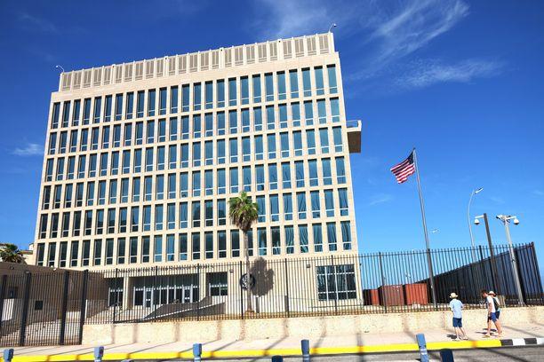 Yhdysvaltojen Havannan lähetystöstä sairastui useita kymmeniä henkilöitä.