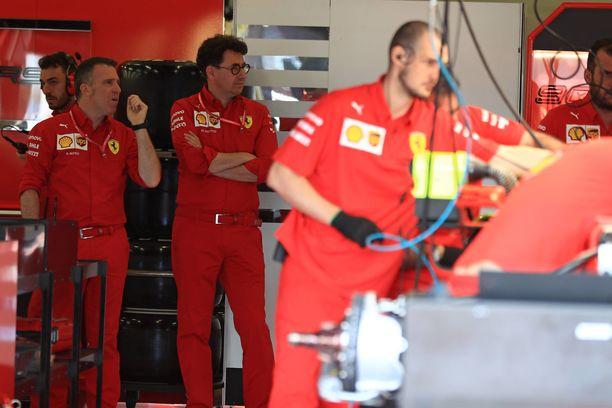 Ferrari valmistautuu kisaviikonloppuun Silverstonessa.