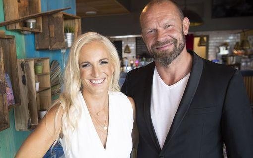 MTV: Nanna ja Jere Karalahdella erikoinen asumisjärjestely – anoppi samassa osoitteessa