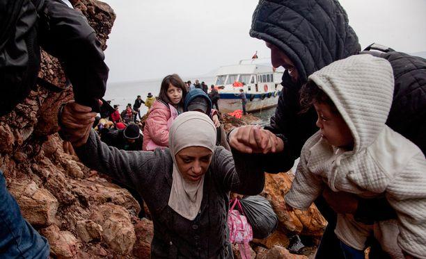 Kreikasta ja Italiasta saapuu Suomeen kahden kuukauden sisällä 150 turvapaikanhakijaa.