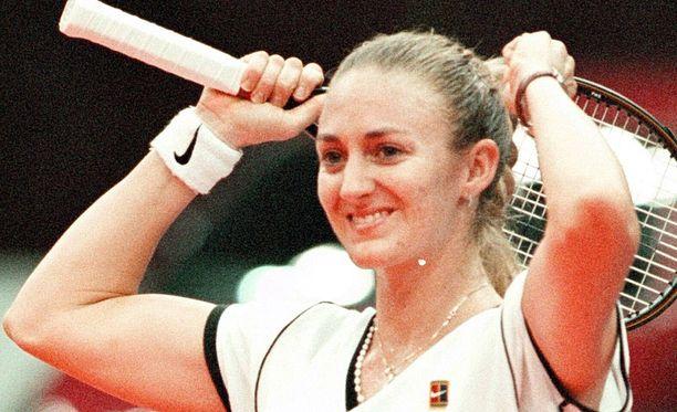 Mary Pierce voitti urallaan kaksi naisten Grand Slam -turnausten kaksinpelimestaruutta.