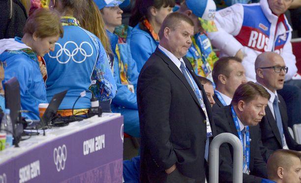 Timo Jutila toimi Leijonien joukkueenjohtajana Sotshin olympiakisoissa 2014.