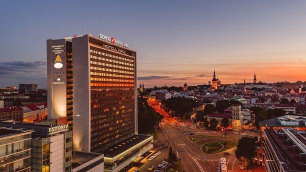 Estoria-hotelli yhdistetään Viru-hotelliin.