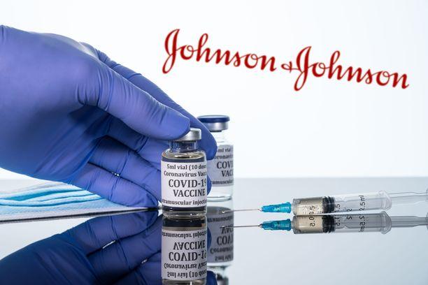 Liittovaltio suosittelee myös osavaltioita keskeyttämään Johnson & Johnsonin rokotteen käytön.