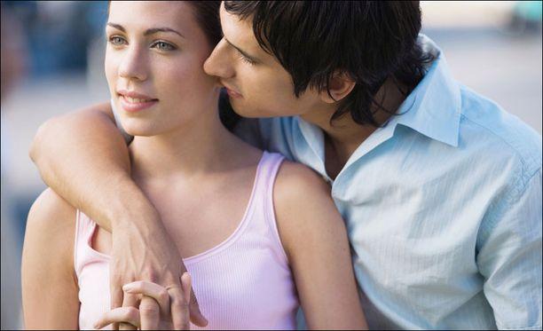 dating joku 8 vuotta nuorempi datehookup dating site