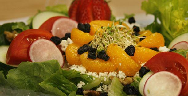 Salaatti on usein kaikkea muuta kuin rakas ja tuore.