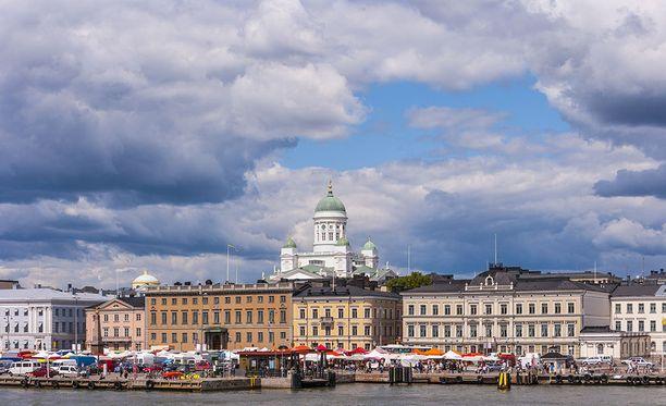 Helsingin kaupunginvaltuusto järjestää huhtikuussa poikkeuksellisen kokouksen, jonka aiheena on ainoastaan maakunta- ja sote-uudistus.