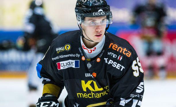 Kärppien maajoukkuemies Miika Koivisto jatkaa uraansa KHL-jäillä.