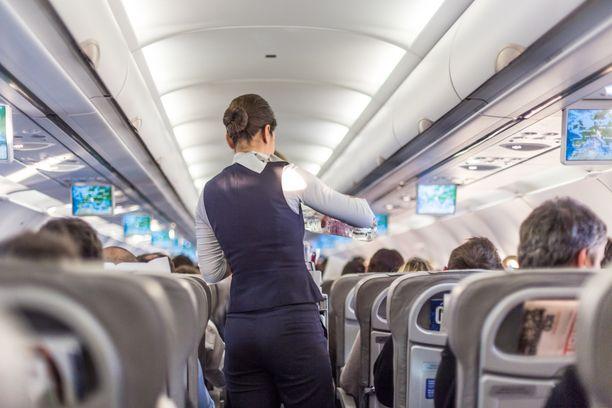 Matkustamohenkilöstö on huolissaan myös alan tulevaisuudesta.