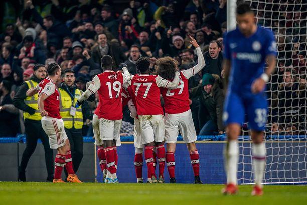 Arsenal juhli 2–2-tasapeliä kuin voittoa.