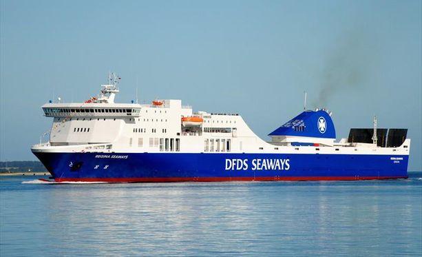 Regina Seaways on rakennettu vuonna 2010. Noin 200 metriä pitkässä aluksessa on yhteensä 335 ihmistä.