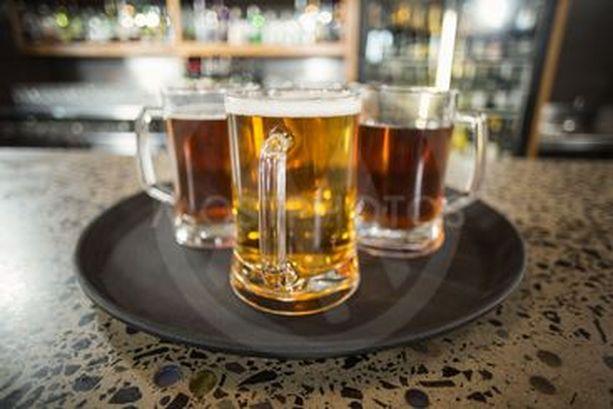 Tuoreiden tutkimusten valossa juomista ei oikein voi perustella terveyseduilla.