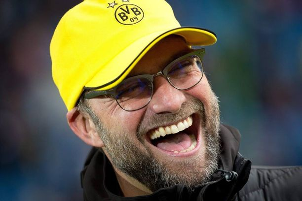 Jürgen Klopp kasvoi valmentajasensaatioksi Borussia Dortmundin peräsimessä.