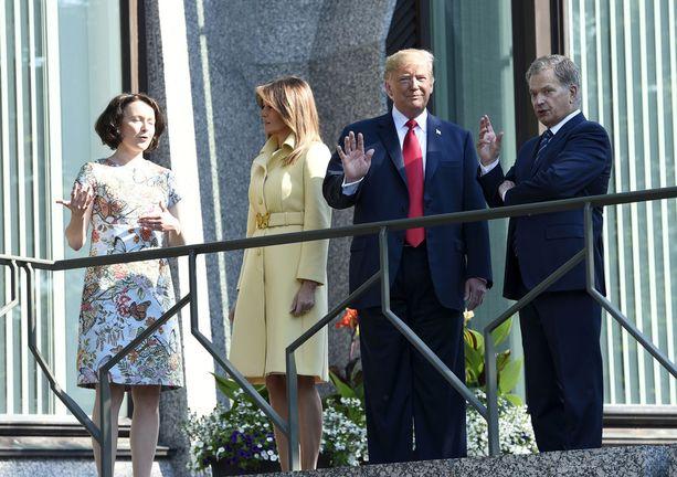 Presidentti Donald Trump ja hänen vaimonsa Melania Trump ovat aloittaneet huippukokouksen aamun hetki sitten aamiaisella Mäntyniemessä.