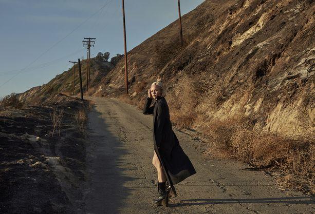 Paula Vesalan edellinen kappale Muitaki ihmisii julkaistiin toukokuussa.