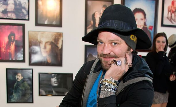 Bam Margeran Suomi-ystäviä ovat myös rokkarit Ville Valo ja Jussi69.