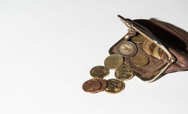 Moni suomalainen on ongelmissa velkojensa kanssa. KUVA: EMMA TAIPALE/PS.