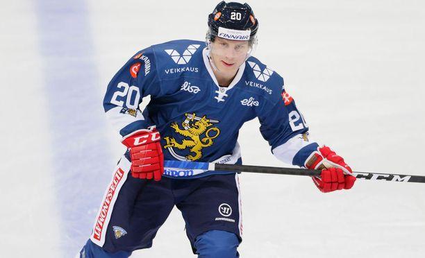 Eeli Tolvaselta odotetaan maaleja alle 20-vuotiaiden MM-kisoissa.