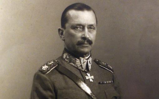 Pimeä historia: Epäilyt Mannerheimin homoudesta alkoivat pääsiäisenä 1886