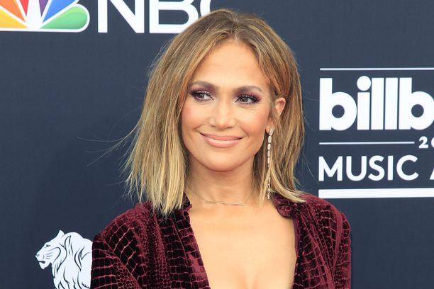 Video seksiä Jennifer Lopez kivitetty seksi videot