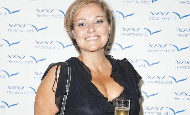 Urheilu-uutisankkuri Clare Tomlinson sai tylyä palautetta pienen lipsautuksen jälkeen.