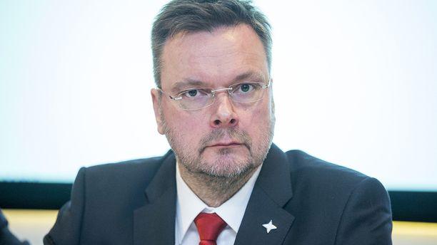 Joukkueen kokoamisesta vastannut Tom Nybondas siirtyy HIFK:n sisällä uusiin tehtäviin.