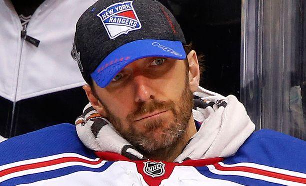 Pittsburgh-tähdet nöyryyttivät Henrik Lundqvistia.