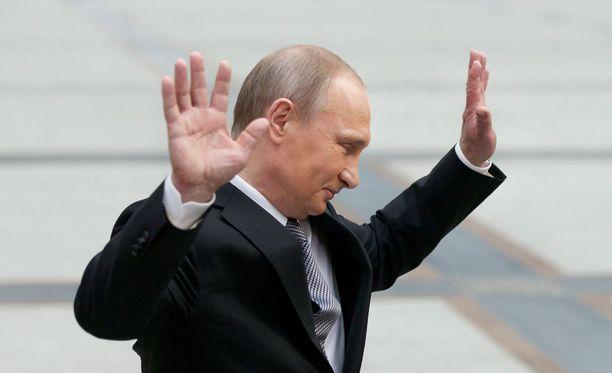 Saksalainen Venäjä-asiantuntija, toimittaja Boris Reitschuster pitää Venäjän presidentti Vladimir Putinia teoksessaan monimuotoisen, salaisen sodan kävijänä Euroopassa.