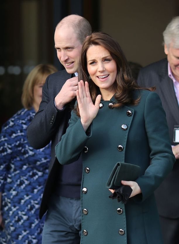 Prinssi William ja herttuatar Catherine saivat häidensä alla kauniin muiston, kun kuningatar kirjoitti heille suostumuskirjeensä.