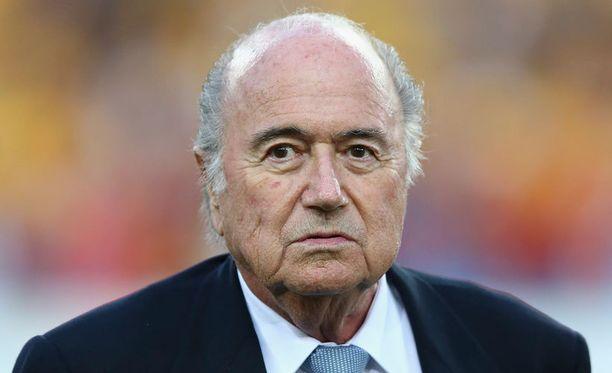 Spiegelin mukaan julkaistusta raportista siistittiin pois etenkin Fifa-puheenjohtaja Sepp Blatteria (kuvassa) koskenutta kritiikkiä.