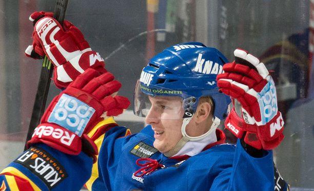 Sport hankki Jokereista tutun Henrik Koiviston Lukosta.