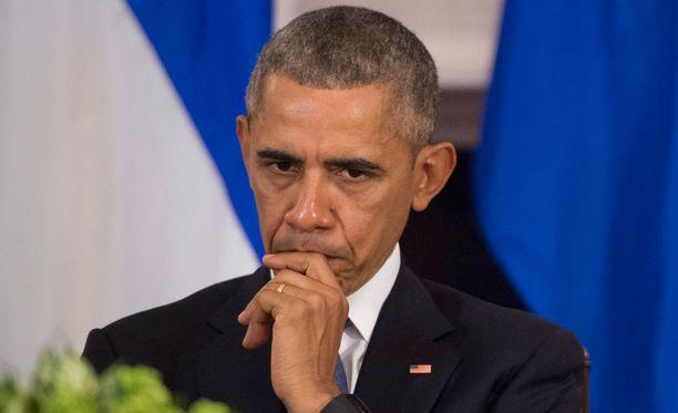 Yhdysvaltain presidentti Barack Obamalla meni sekaisin Suomen presidentti ja pääministeri.