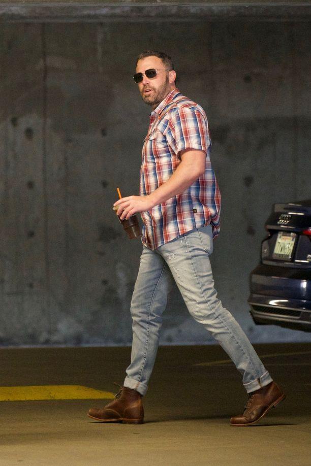 Ben Affleck kuvattiin lokakuussa Yhdysvalloissa vieroitusjakson jälkeen.