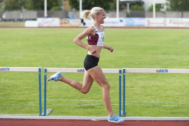 Camilla Richardsson on Suomen tämän hetken paras naiskestävyysjuoksija.