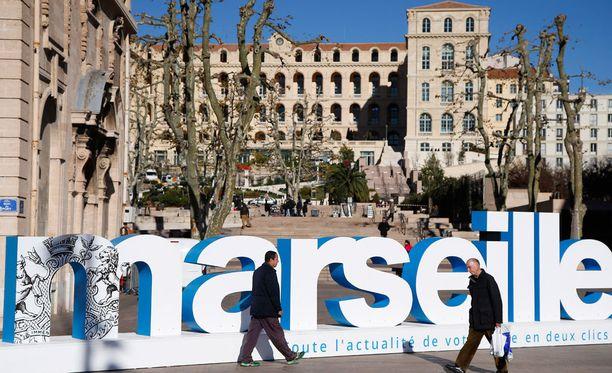 Marseilleen odotetaan muun muassa kymmeniätuhansia englantilaiskannattajia.