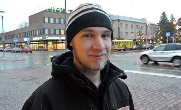 Opiskelija Jarkko Juola pitää seinäjokelaisia yhtä onnellisina kuin muitakin suomalaisia.