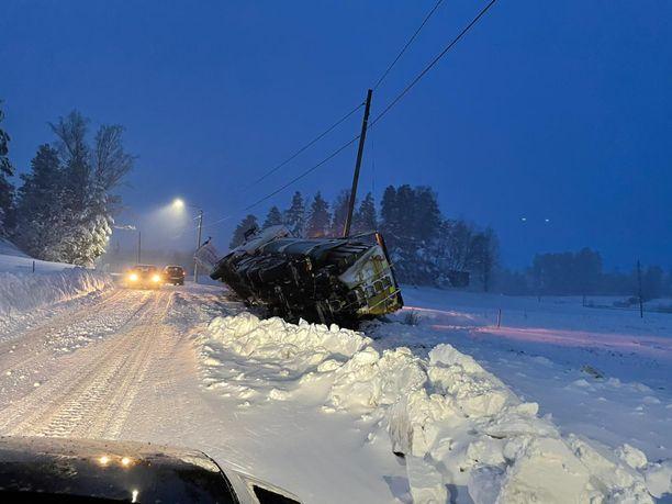 Tulevina vuosina tällaiset kuvat yleistyvät. Varsinkin Etelä-Suomessa lunta tulee satamaan harvemmin, mutta kun sitä sataa, sitä sataa entistä enemmän.